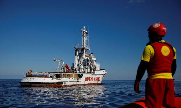 Etwa 90 Flüchtlinge bei Bootsunglück vor Libyen vermutlich ums Leben gekommen