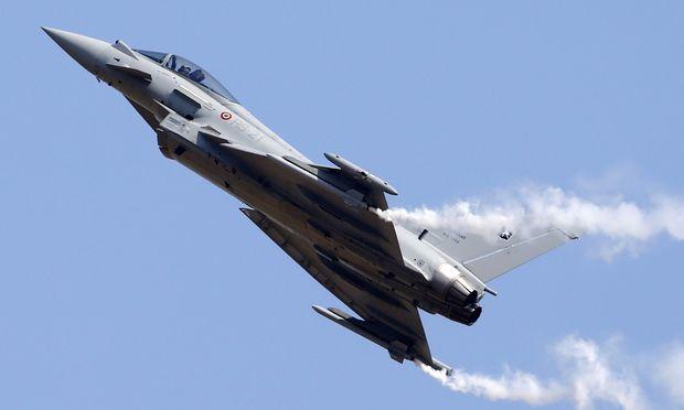Zahlungsstopp fuer Eurofighter pruefen