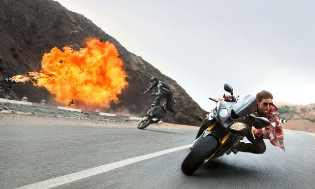"Digitale Effekte? Echte Stunts! Tom Cruise in ""Mission: Impossible – Rogue Nation""."