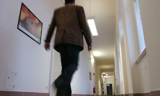 Symbolbild: Gang im Innenministerium
