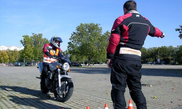 Fahrschule - Motorradausbildung