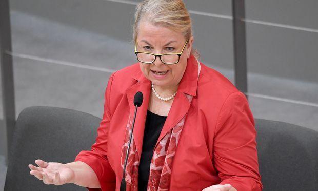 Sozialministerin Beater Hartinger-Klein (FPÖ)