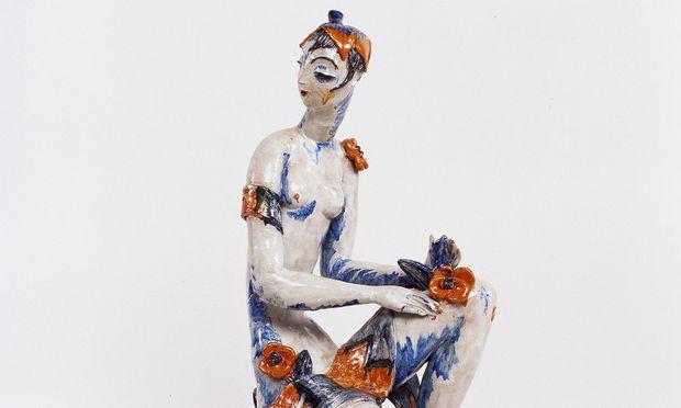 """Die Künstlerin Vally Wieselthier übte mit überzeichneten Frauentypen (im Bild: die Figur """"Flora"""" aus der MAK-Sammlung in Wien) subtile Gesellschaftskritik."""