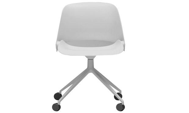 "Drehung. ""Trea"" heißt der Bürostuhl für den Hersteller Humanscale."