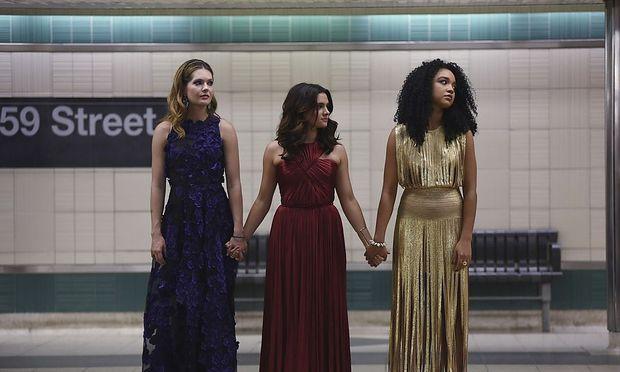 """Die Freundinnen Sutton, Jane und Kat (v. li.) aus """"The Bold Type""""."""