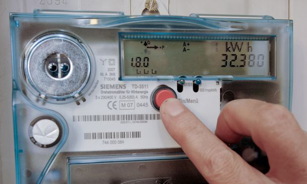 Intelligente Stromz�hler - Der Z�hler denkt mit / Smart Electric Meters - Stabilizing the Grid