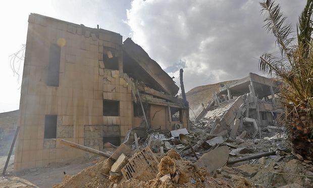 SYRIA-CONFLICT-STRIKES