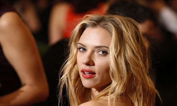 Scarlett Johansson Hacker muss