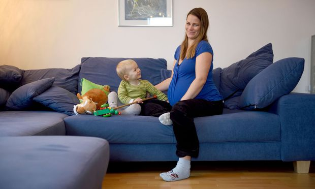 """Beate Pilz mit ihrem Sohn, Clemens: """"Ich habe mich um seine Bedürfnisse gekümmert, für mich war nichts mehr übrig."""""""