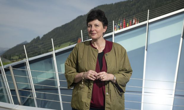 Julia Hobsbawm, die man in London Networking Queen nennt, mahnt in Alpbach, Kontakte auch einmal auszusortieren.