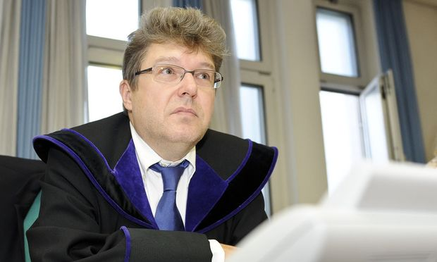 mutiger Richter fuer Ernst