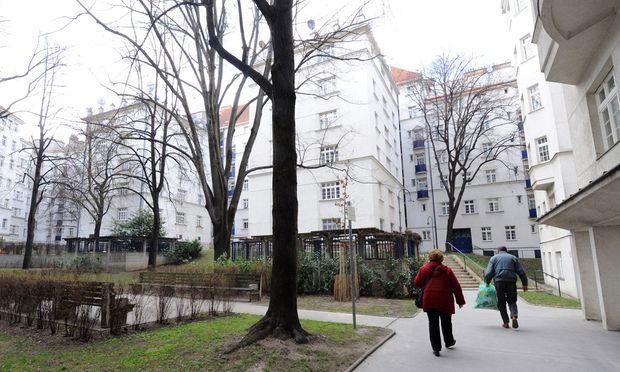 Ein Hort der Reichen? Wohl kaum. Der erste Wiener Gemeindebau, der Metzleinstaler Hof in Margareten.