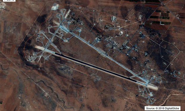 Luftwaffenbasis Shayrat in Homs.