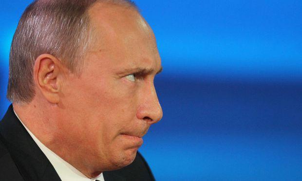 Putin verschaerft gegenueber