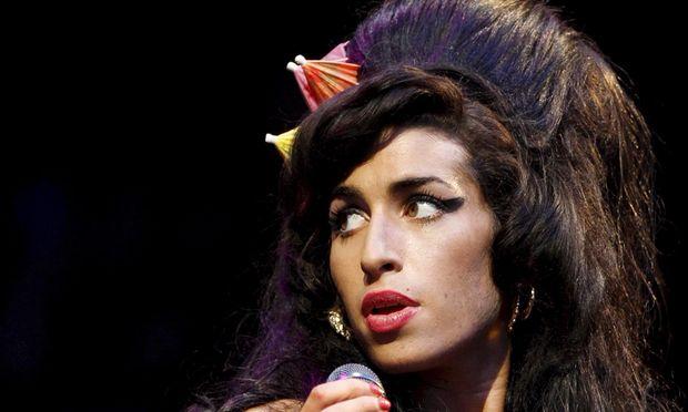 London Amy Winehouse Wird Mit Denkmal Geehrt Diepresse Com