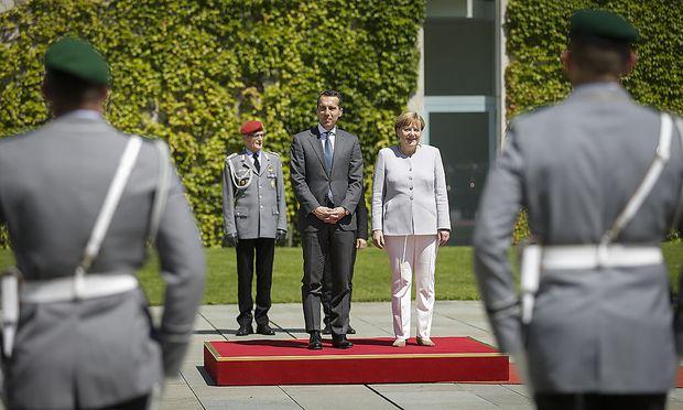 Bundeskanzler Kern bei Angela Merkel in Berlin.