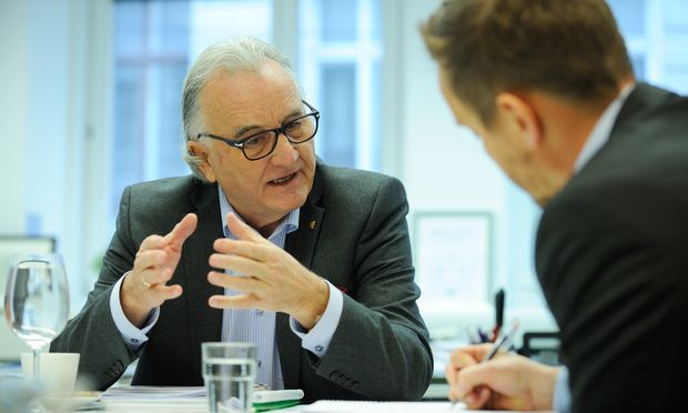 """""""Mit Förderungen verbrennen wir Geld"""", findet Hans Harrer. Als Unternehmer will er nicht zum Staat betteln gehen."""
