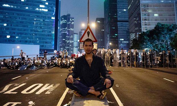 Am Sonntag fanden in Hongkong die größten Proteste seit Jahrzehnten statt.