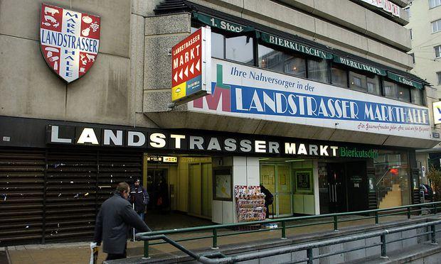 Archivbild: Der Eingang zum Landstraßer Markt vor dem Umbau des Bahnhofs, aufgenommen im Jahr 2008. Eine Wiedereröffnung wird es nicht geben.