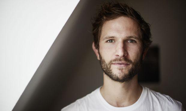 Johann Scheerer ist heute 35 und Vater von drei Kindern.