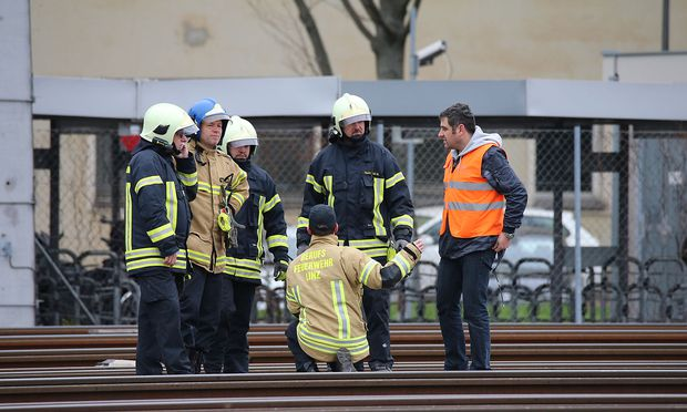 Ein Kabelbrand legte den Linzer Hauptbahnhof lahm