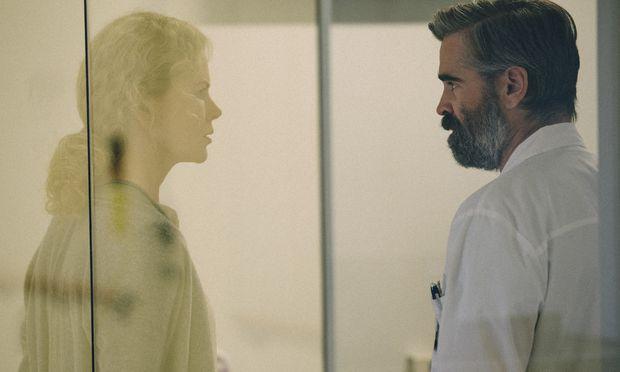 Anna (Nicole Kidman) und Steven (Colin Farrell) in scheinbarer Geborgenheit im Herrenhaus.