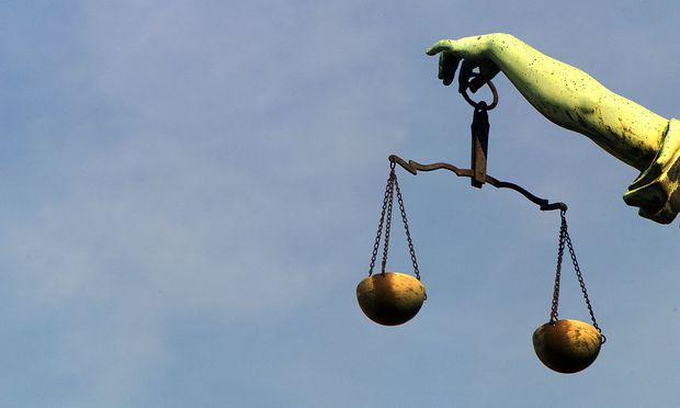 Themenbild: Justitia - Goettin der Gerechtigkeit
