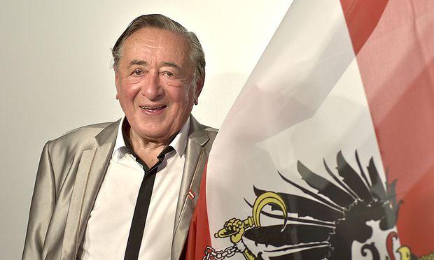 Hofburg-Wahl: Lugner tritt an
