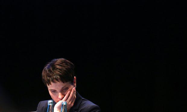 Frauke Petry, die AfD-Chefin, wollte den Kurs der Partei in ihrem Sinn klären und scheiterte.