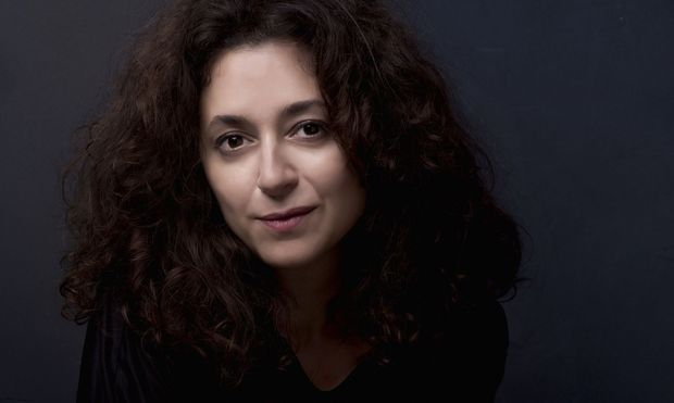 Die türkische Schriftstellerin und Journalistin Ece Temelkuran.