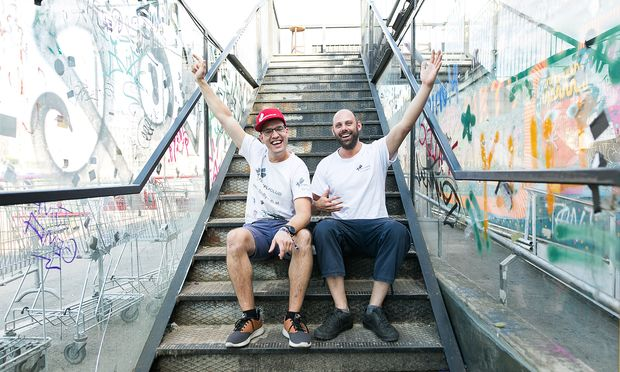Sebastian Gruber (l.) und Christoph Sackl gründeten 2012 den Firefly Club.