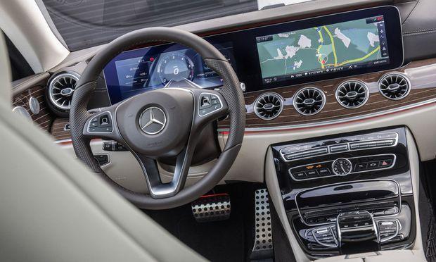 Das Interieur weist Akzente auf, die der Limousine verwehrt sind.