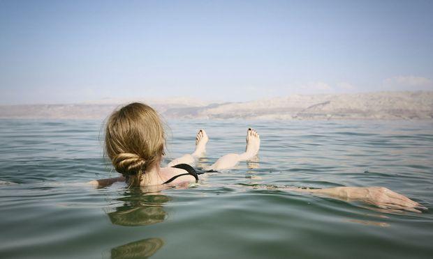 Schon Nofretete reiste an, um sich gesund und jung zu baden, auch heute ist Tourismus ein Standbein der Region. Wie lang noch?