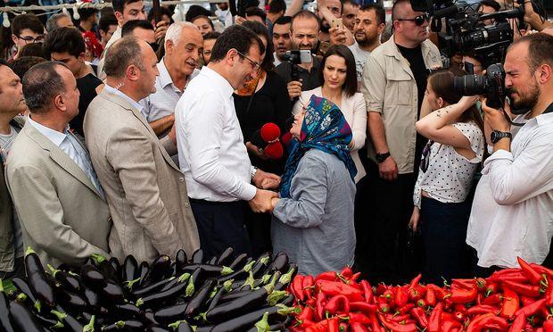Popularitäts-Hoch für Ekrem Imamoğlu, den Oppositionskandidaten und aktuellen Oberbürgermeister.