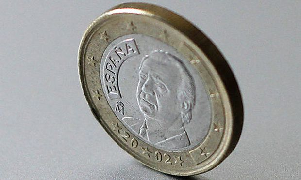 A Spanish Euro coin is photographed on Thursday, April 29, 2010 in Bruchkoebel, Germany. Europes debs deb