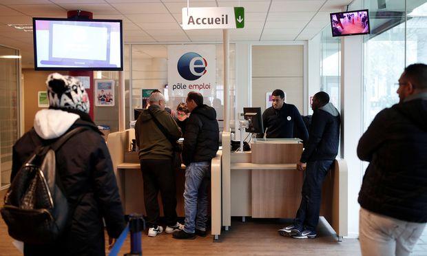 Arbeitslosen in Frankreich drohen härtere Sanktionen.