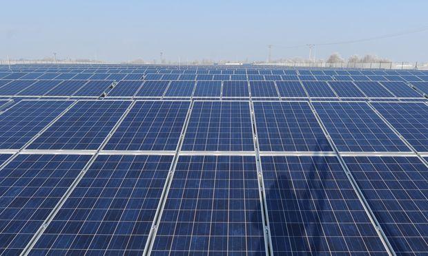 Auf den Dächern im Zentrum von Wien sieht man kaum Fotovoltaikanlagen.