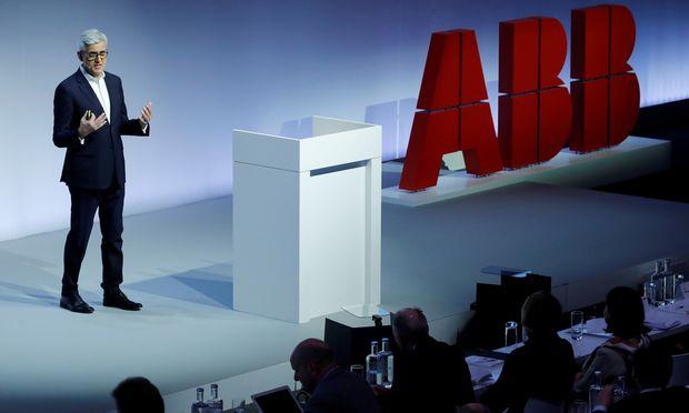 Noch vor zwei Monaten präsentierte ABB-Chef Ulrich Spiesshofer sein neues Konzept für den Konzern.