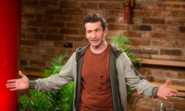 """Präsentiert in seiner Show junge """"Comedy Grenzgänger"""": Omar Sarsam."""