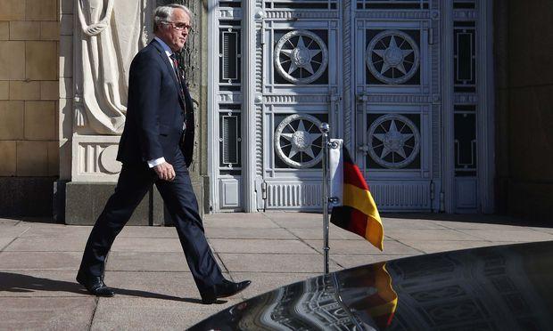 Großbritannien soll weitere Diplomaten aus Russland abziehen