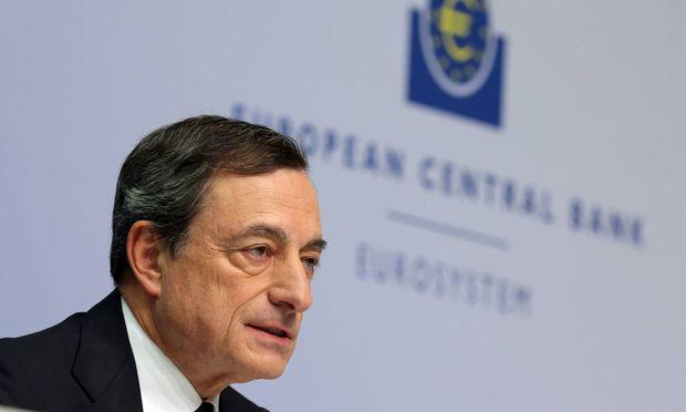 EZB-Chef Mario Draghi: Der oberste Euro-Währungshüter muss mitten in der Hochkonjunktur im Krisenmodus fahren.