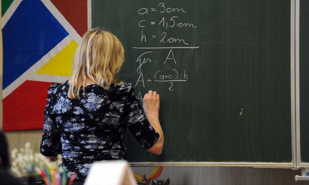 Symbolbild: Lehrerin