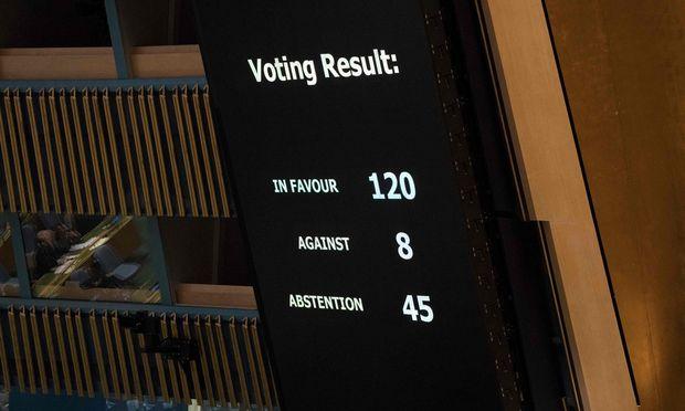 120 Staaten haben in der UN-Generalversammlung für eine Resolution votiert, die die jüngste Gewalt Israels gegen die Palästinenser im Gazastreifen verurteilt.