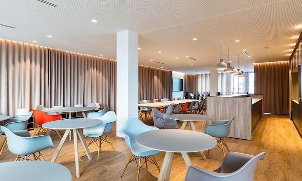 "Die Lounge des ""Office Provider""."