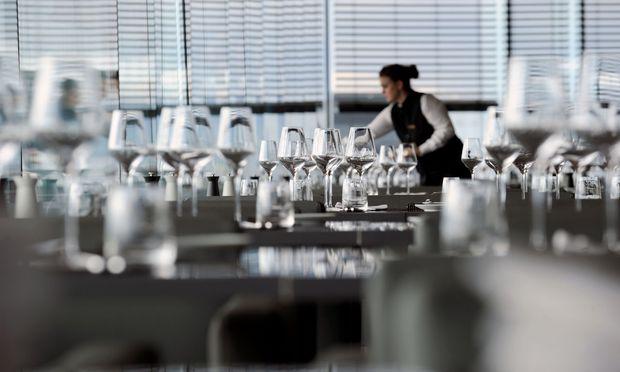 Arbeitnehmer sollen unter bestimmten Voraussetzungen die Mehrarbeit ablehnen können, heißt es in dem Antrag der Koalition.