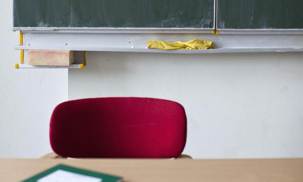 Wie viele Stunden müssen sich Lehrer fortbilden? Das ist derzeit teils noch eher vage gehalten – ändert sich aber.