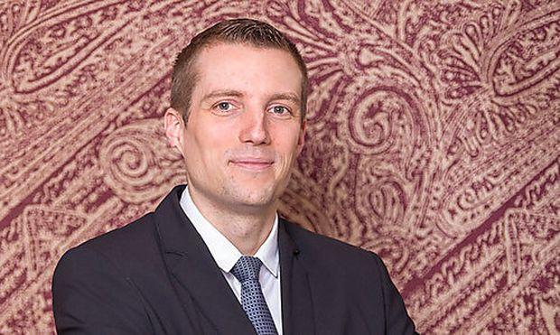 Valentin Roettger, Hyatt