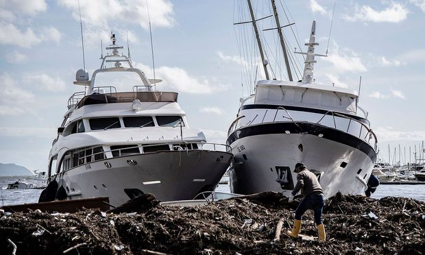 Der Jachthafen in Rapallo wurde schwer in Mitleidenschaft gezogen.