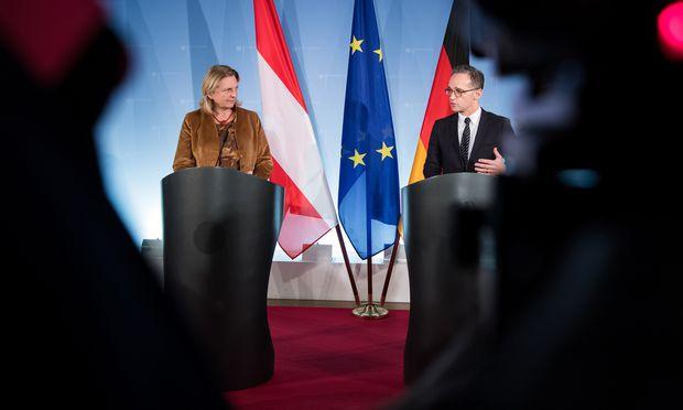 Österreichs Außenministerin Karin Kneissl traf am Dienstag ihren deutschen Amtskollegen Heiko Maas in Berlin.