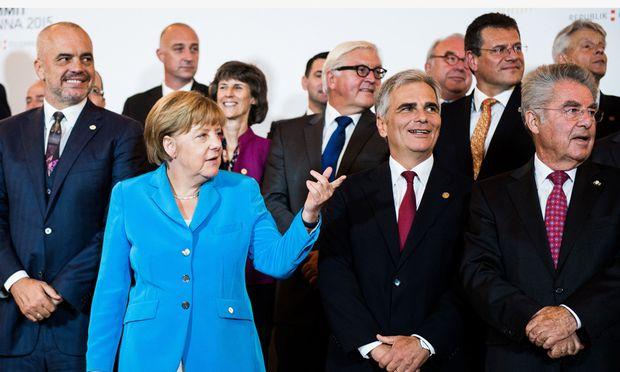 Treffen in Wien. Deutschlands Kanzlerin, Merkel, verlangte bei der Balkan-Konferenz in der Hofburg eine faire Verteilung von Asylwerbern in der EU.